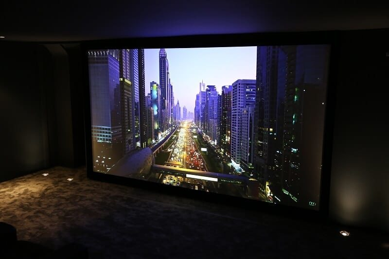 Home Cinema Room 800x533 - How to Choose a Projector Screen